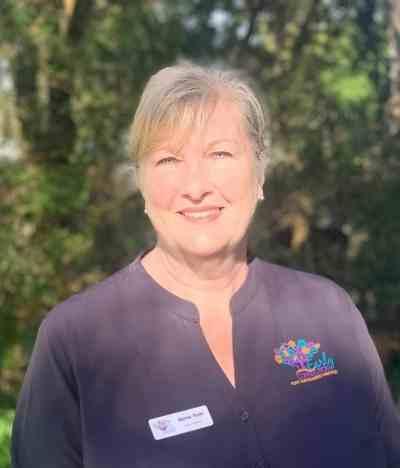 Anne Tutt